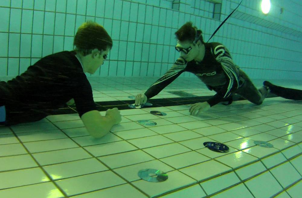 Unter-Wasser-Memory @ Free-diving.de